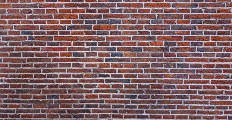 gevelstenen-muur-kiezen